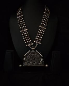 Rajwadi antique pendant long necklace