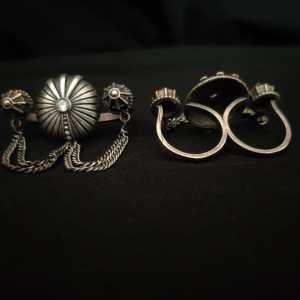 U shaped chain Ring