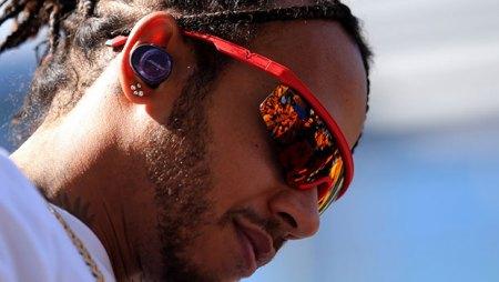 Hamilton wants to drive 2021 F1 cars despite criticism