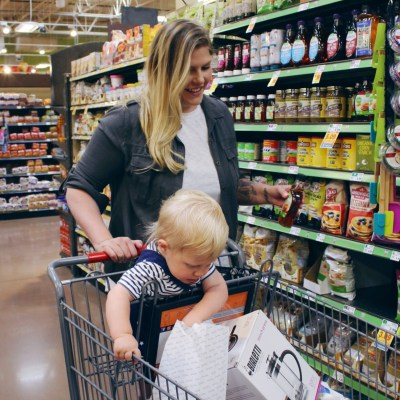 5 Tips to Help You Stick to Your Grocery Budget