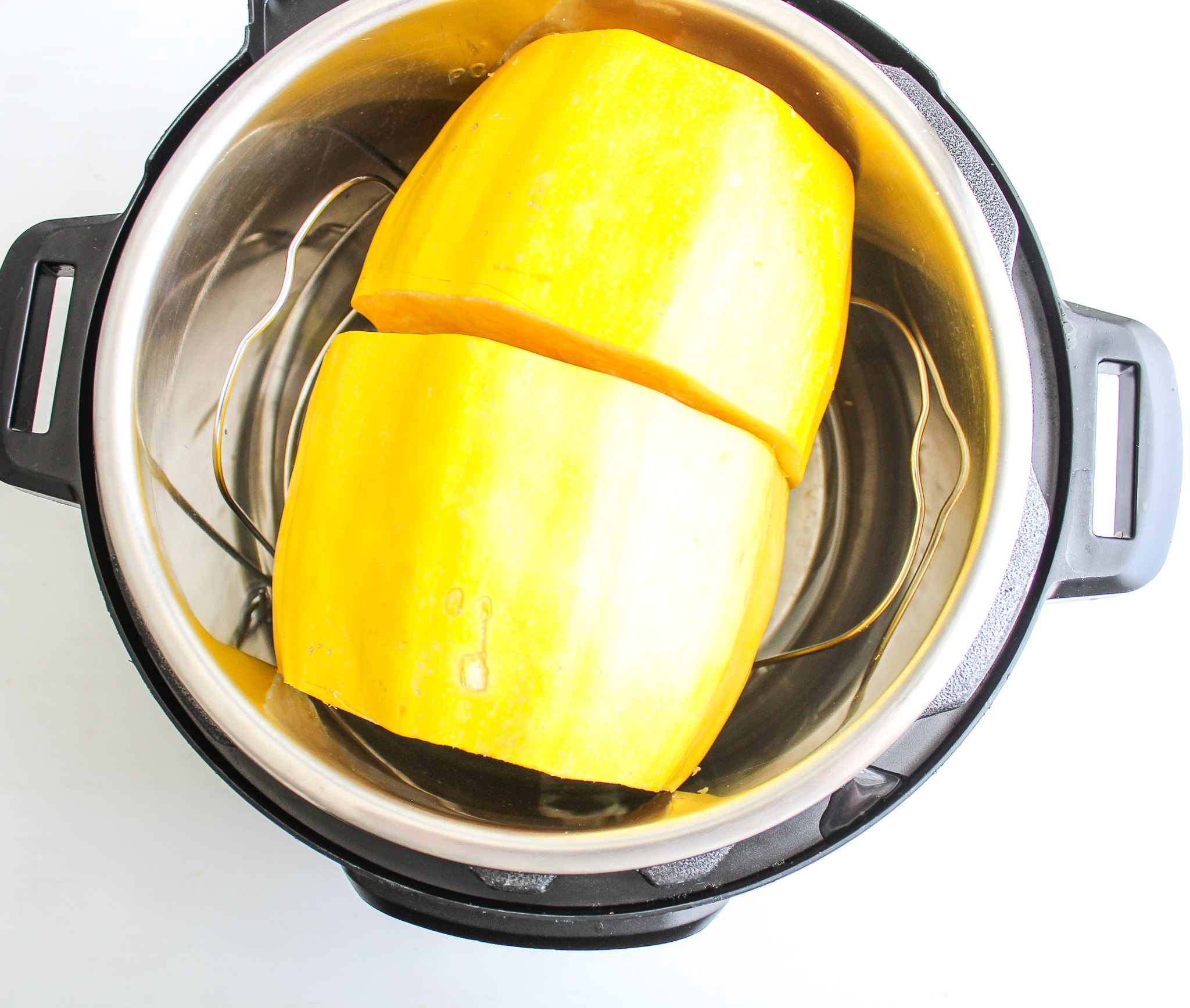How to Make Spaghetti Squash in the Instant Pot