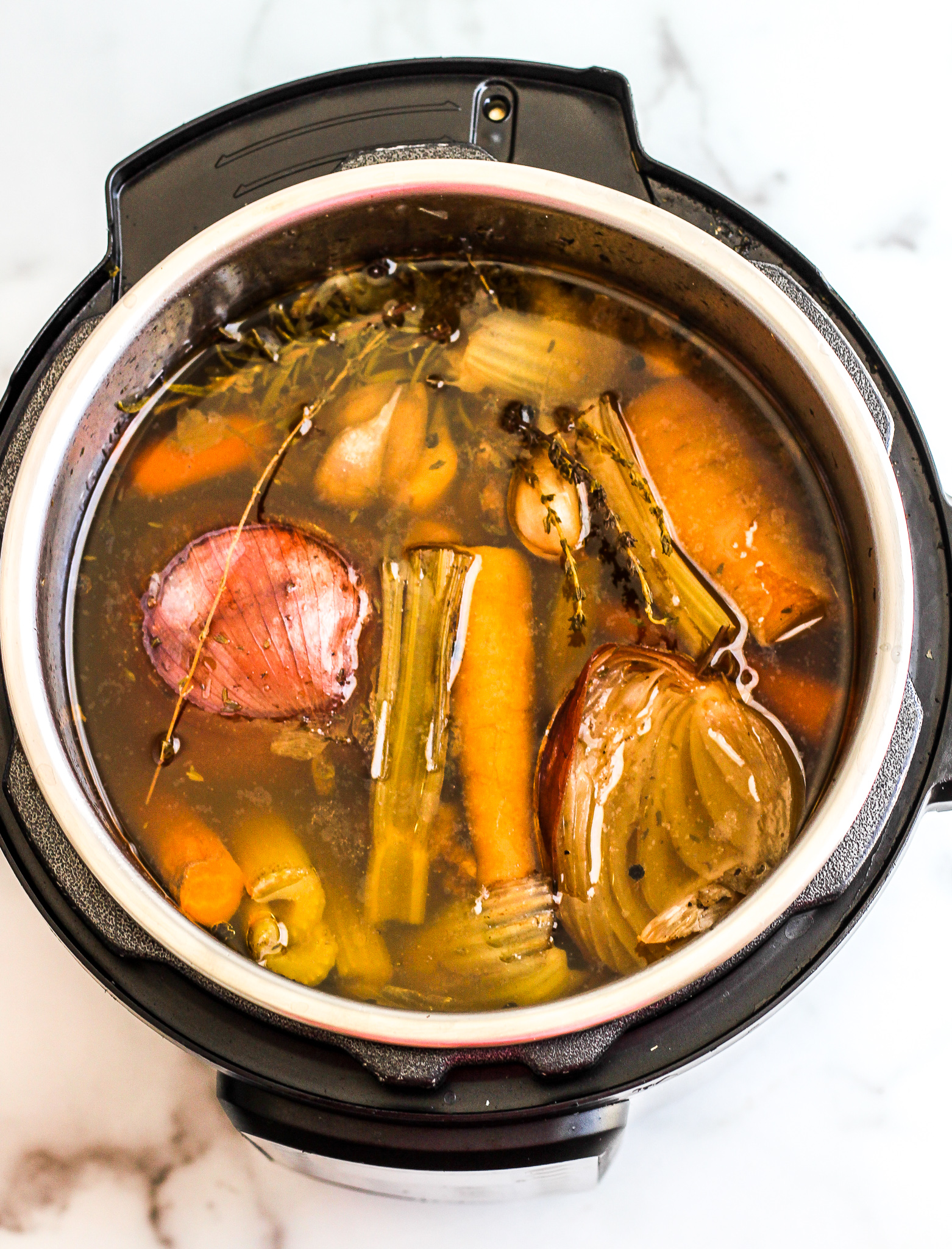 Easy Instant Pot Bone Broth