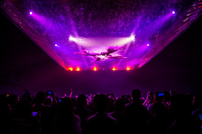 thebetterplaces_fuerzabruta_buenos_aires_pool.jpg