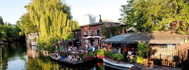 the-better-places-daydrinking-jessie-helena-schoeller-gloria-vonbronewski-wien-tel-aviv-25-hours-hotel-restaurant10981738_937930156246214_6054075108942793928_n