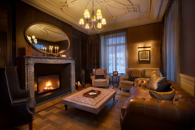 hotel-villa-honegg-fireside-lounge-thebetterplaces-switzerland.jpg