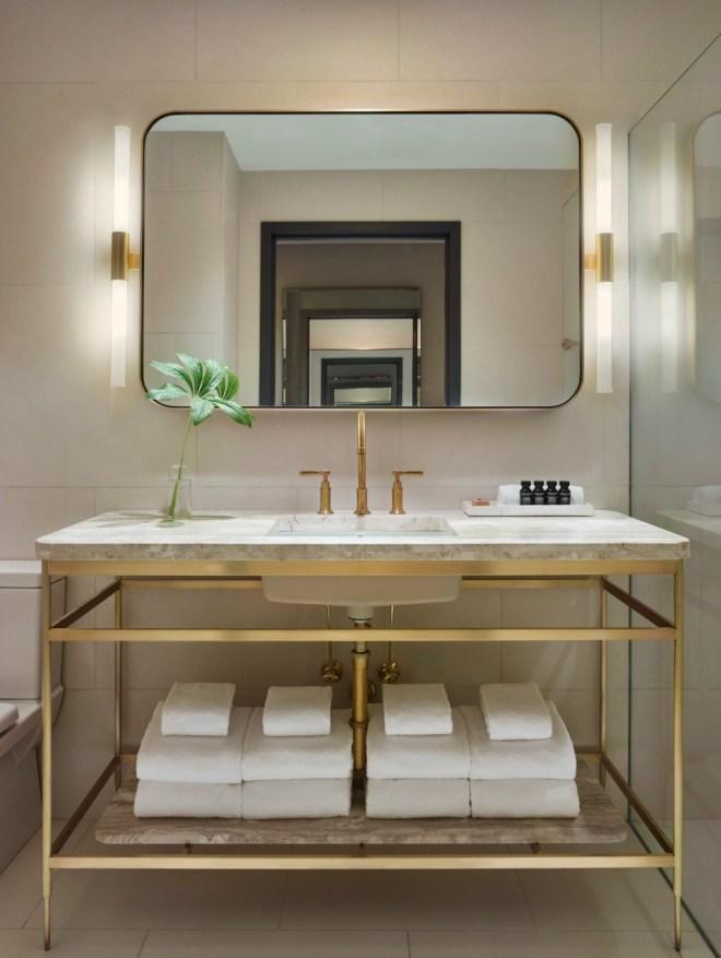 the-better-places-hotel-new-york-city-nyc-11-howard-design-boutique-schoeller-jessie-vonbronewski-gloria-schoeller-helena-reiseblog-travel-blogbathroom Kopie