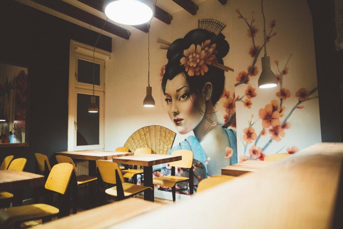 momo ramen hamburg restaurant bar travelblog thebetterplaces jessie schoeller Helena schoeller gloria von bronewski reiseblog foodblog