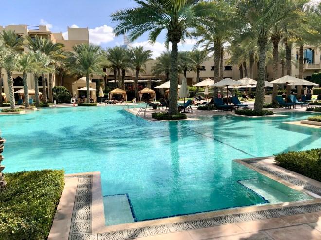 thebetterplaces-dubai-pool-royalmirage-hotel