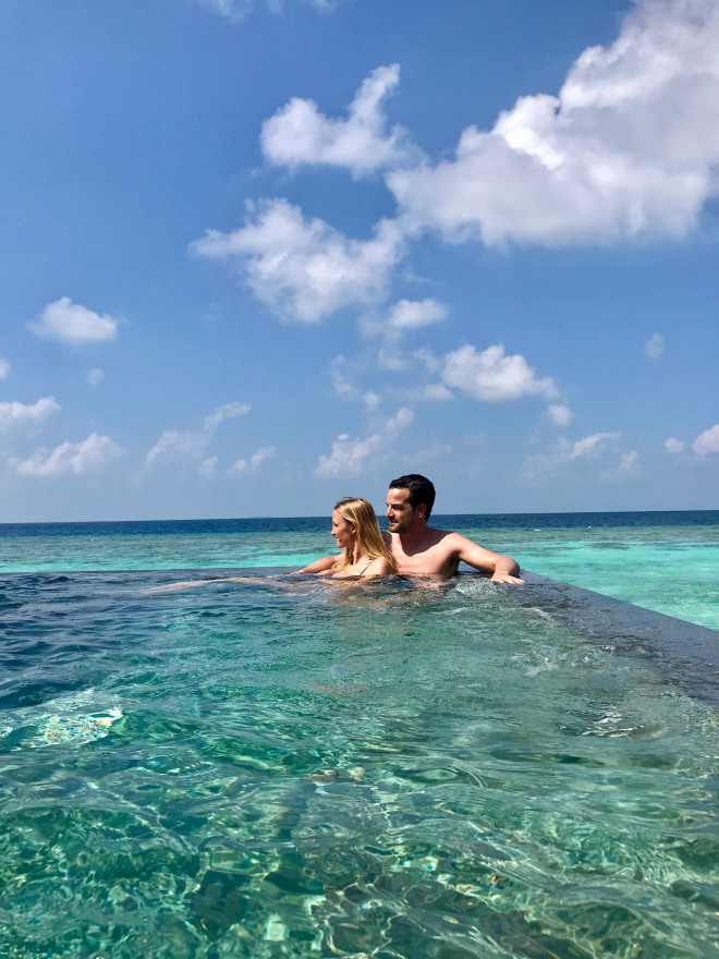 thebetterplaces_couple_maldives_vakkaru.jpg