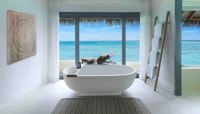 Thebetterplaces_Vakkaru_maldives_bathroom_honeymoon.jpg