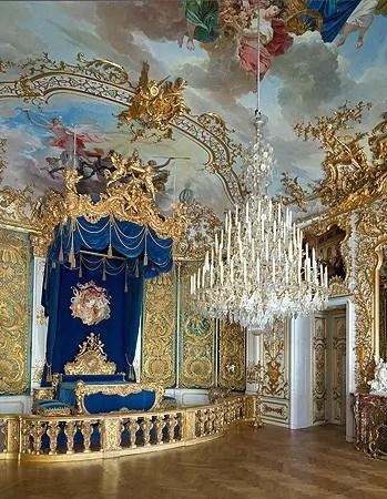 King Ludwig II's bedroom at Linderhof Palace