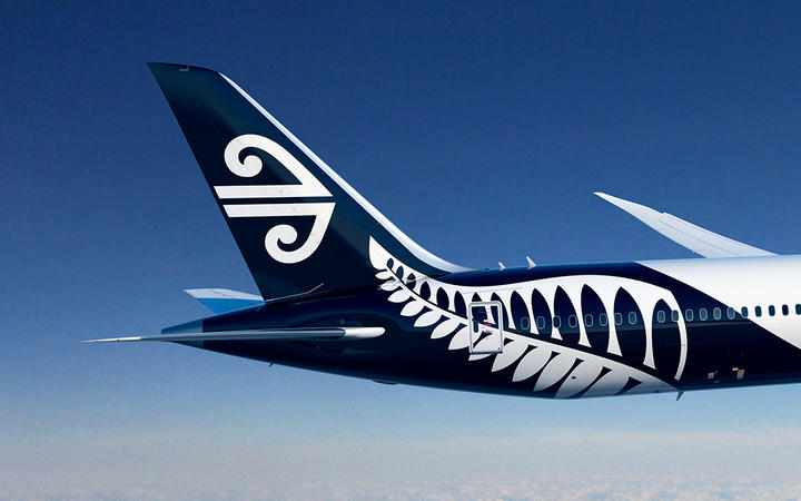 Robertson Should Rescind Letter to Air New Zealand