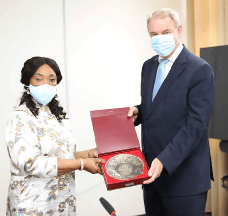 Netherlands Ambassador pays farewell visit to foreign minister