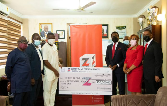 Zenith Bank donates to Ministry of Youth and Sports