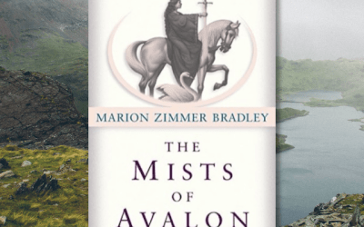 Book Review: The Mists of Avalon by Marion Zimmer Bradley