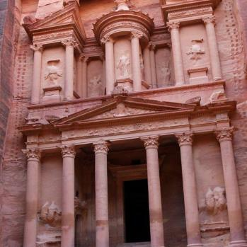 The Treasury, carved into the sandstone with no exterior materials.