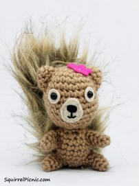 Of course, the book includes the pattern to crochet yourself a squirrel friend.