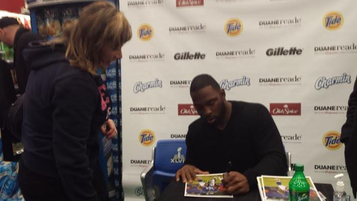 justin tuck signing autograph