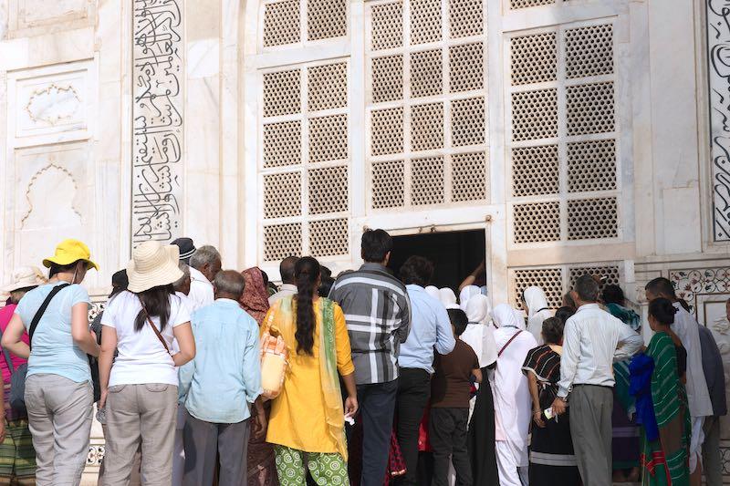 Top tips for visiting the Taj Mahal