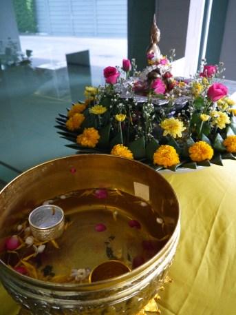 Songkran - Buddha blessing
