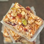 Extra Chewy and customisable no bake granola bars which take 5 minutes to whip up- BETTER than store bought! {vegan, gluten free, dairy free recipe}- thebigmansworld.com
