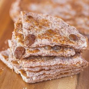 paleo-cinnamon-raisin-flatbread-7FG