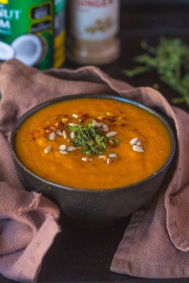Paleo Curry Pumpkin Soup- Just FIVE ingredients are needed to make this filling, hearty, spicy and #paleo friendly soup- Two options of cooking it and also #vegan and #glutenfree - thebigmansworld.com
