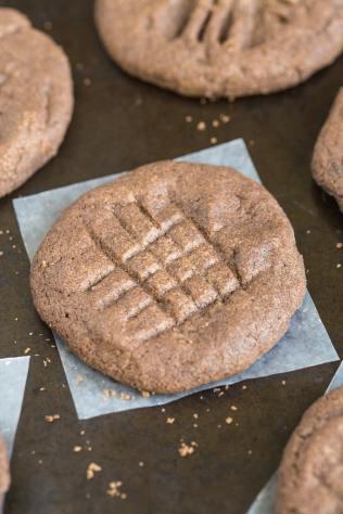 Flourless Mexican Hot Chocolate Cookies (Paleo, Vegan, Gluten Free)
