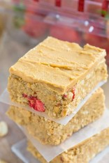 Healthy No Bake Peanut Butter and Strawberry Bars- 1 bowl, 10 minutes- 100% gluten free with a vegan option! @thebigmansworld - thebigmansworld.com