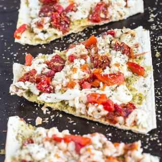 Creamy Egg White and Pesto Breakfast Pizza + WIAW