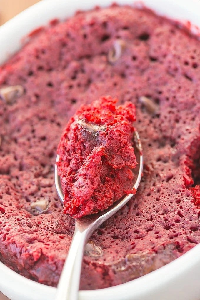 Healthy Red Velvet Mug Cake- Fluffy, moist yet tender on the outside, this mug cake takes 1 minute but has an oven option too! {vegan, gluten free, paleo recipe options}