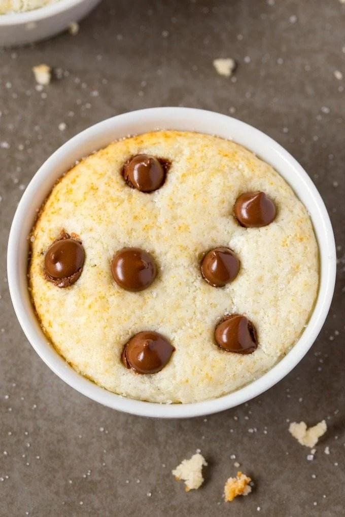 Healthy 1 Minute Low Carb Vanilla Mug Cake