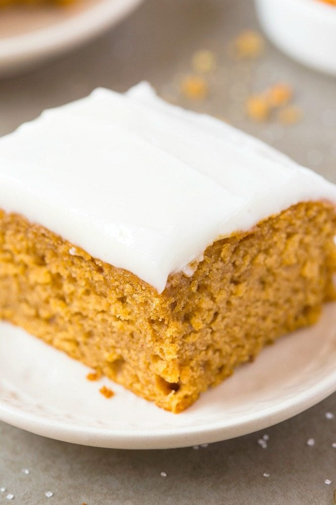 Healthy Flourless Pumpkin Breakfast Cake- Enjoy dessert for breakfast with this deceptively healthy cake which is dessert for breakfast- Tender on the outside, slightly dense and fluffy on the inside, this one bowl (quick and easy!) cake is LOADED with pumpkin and cinnamon flavor! {vegan, gluten free, sugar free, paleo recipe}- thebigmansworld.com