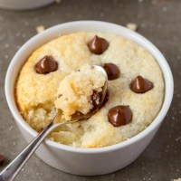 Keto Vanilla Mug Cake (Paleo, Vegan)