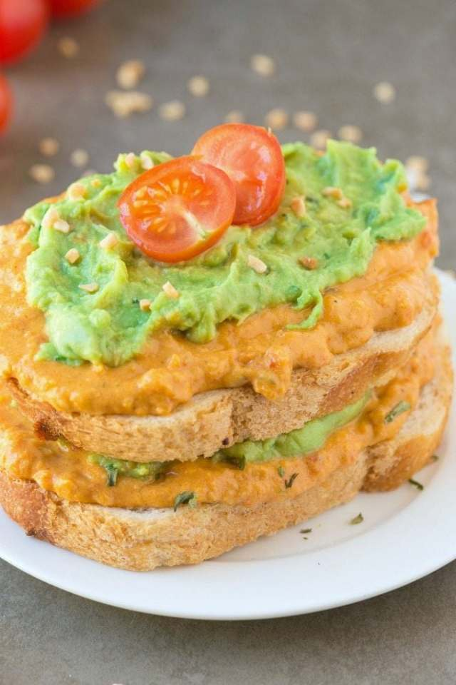 Healthy SMASHED Sweet Potato and Avocado Toast- The ULTIMATE Breakfast, brunch or even snack LOADED with texture and flavors and ridiculously easy! {vegan, gluten free, paleo recipe}- thebigmansworld.com