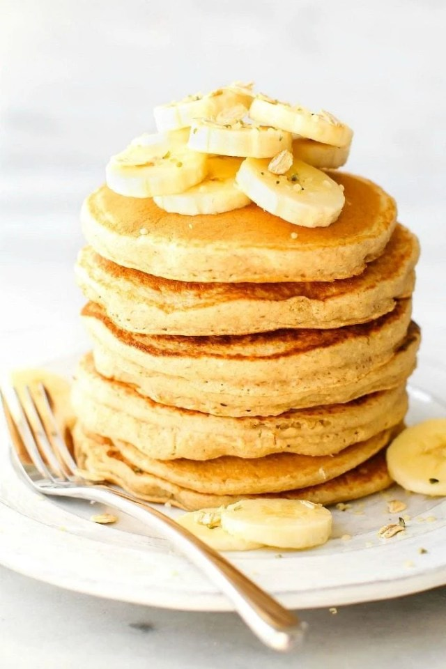 Healthy Banana Pancakes with no flour and no sugar