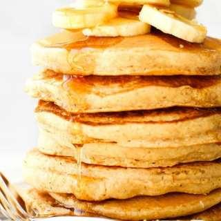 Fluffy Flourless Banana Smoothie Pancakes (Vegan, Gluten Free, Sugar Free)
