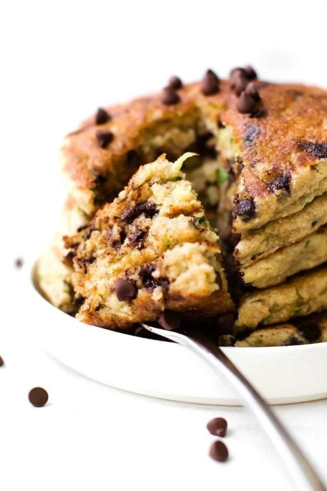 Fluffy Flourless Zucchini Bread Pancakes (V, GF, Sugar Free)- Thick & Fluffy Blender Flourless Zucchini Bread pancakes recipe made with no eggs and no flour! {vegan, gluten free, sugar free}- thebigmansworld.com