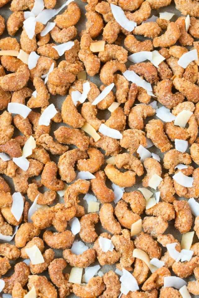 Easy Sugar Free Toasted Coconut Candied Cashews (Keto, Low Carb, Paleo, Oil-Free)- Stovetop made candied cashews and toasted coconut, made with no sugar or oil- Perfect for holidays, gifts and every day guilt-free snacking! {vegan, gluten free, dairy free recipe}- #cashews #sugarfree #lowcarb #cashewcoconut #lowcarbrecipes #ketodessert   Recipe on thebigmansworld.com