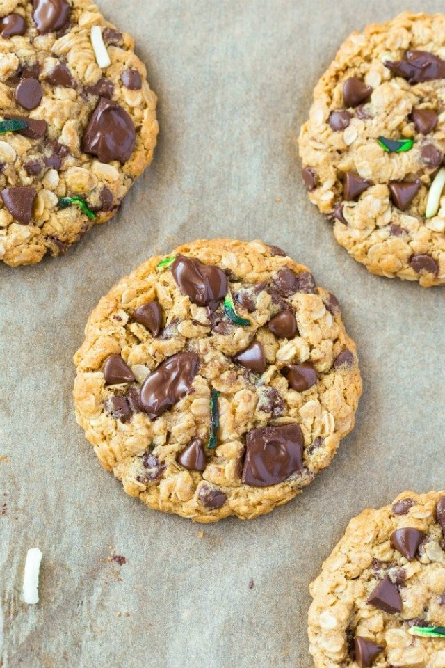 Oatmeal Zucchini Chocolate Chip Cookies made with applesauce and old fashioned oats, perfect for dessert or breakfast!