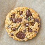 Zucchini chocolate chip cookies made with oatmeal and without eggs! The perfect healthy baked good!
