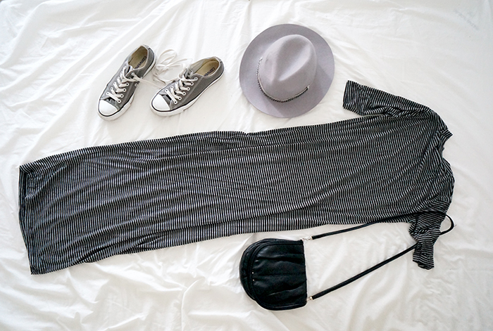festival look converse striped maxi dress grey hat