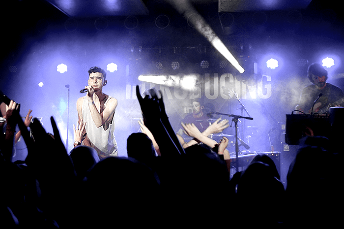 Years and years concert intro magazine introducing binuu berlin I
