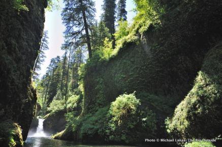 Punch Bowl Falls, Eagle Creek Trail.