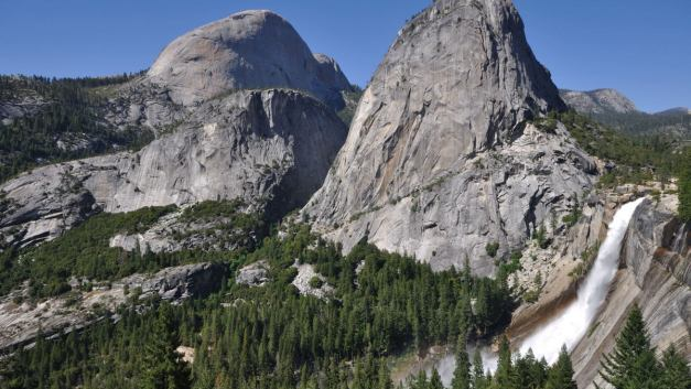 Video: Hiking to Yosemite Valley Waterfalls