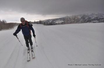 Skiing to the Baldy Knoll yurt.