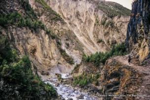 Trekking up the Marsyangdi Valley, Annapurna Circuit.