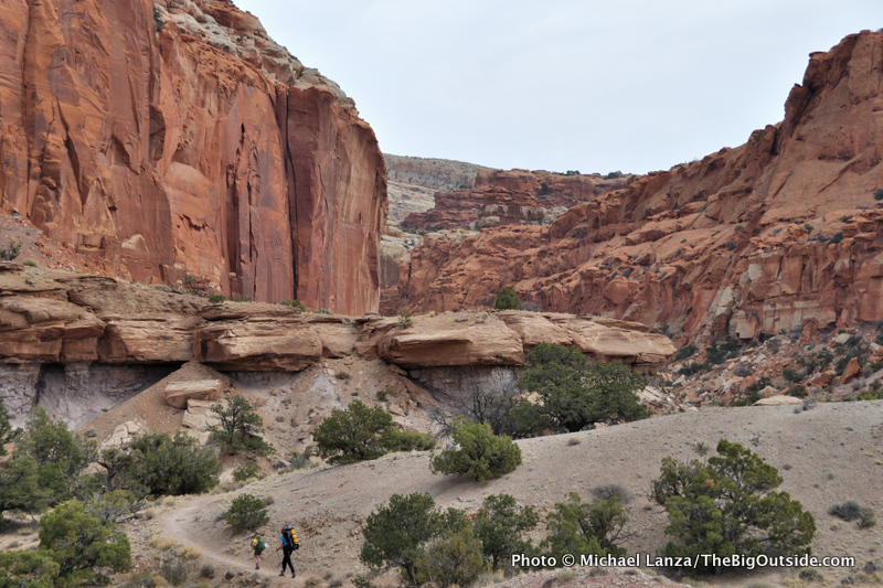 Backpackers on the Chimney Rock Trail, Capitol Reef National Park.