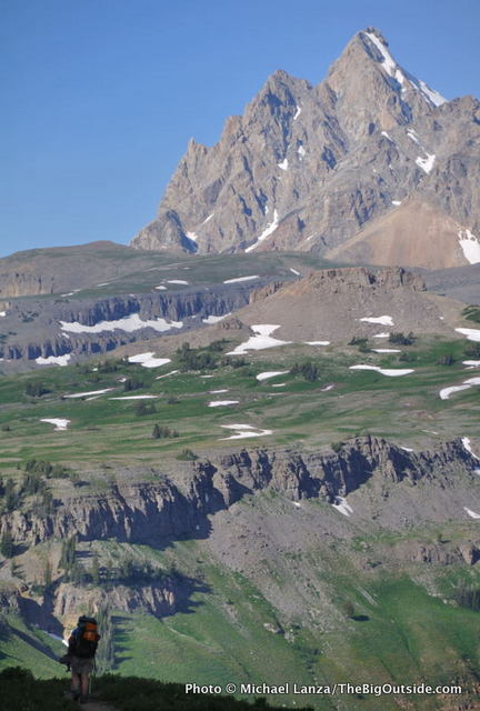 Backpackers on the Teton Crest Trail, Grand Teton National Park.