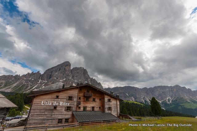 The Utia de Borz hotel, Erbe Pass.